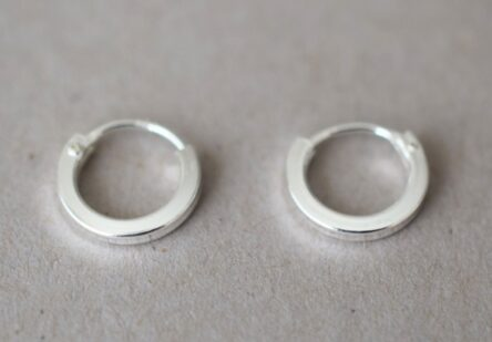 Earrings Tiny Hoop