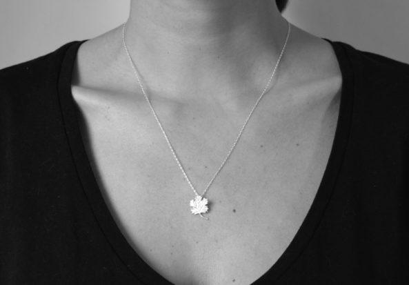 Necklace Maple