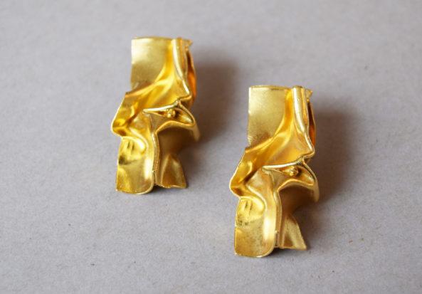 Earrings Pleated