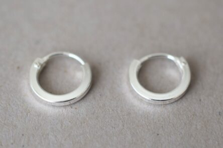 Earrings Tiny Hoop