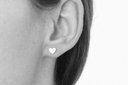 Earstuds brushed Heart