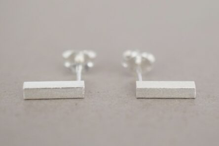 Earstuds brushed Stick