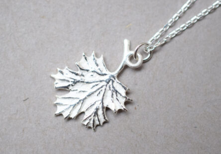 Necklace Maple