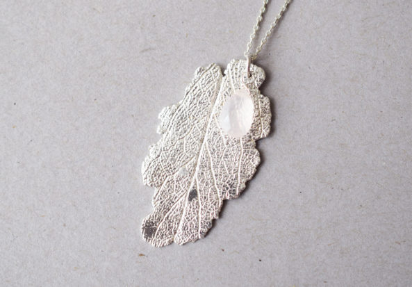 Necklace Sage Leaf with Rose Quartz Gemstone