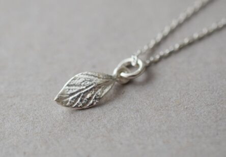 Necklace little Leaf