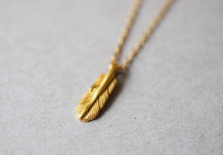 Necklace tiny Feather