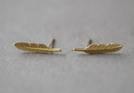 Feather Earstuds