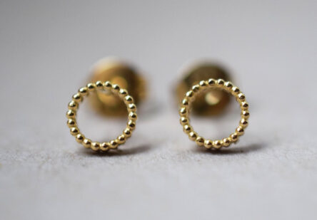 dotty Circle Earstuds