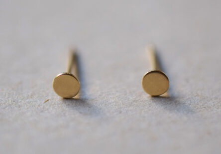 tiny Dot Earstuds