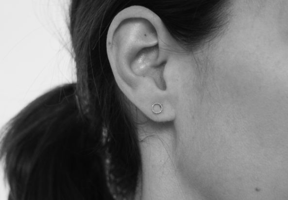 Earstuds dotty Circle
