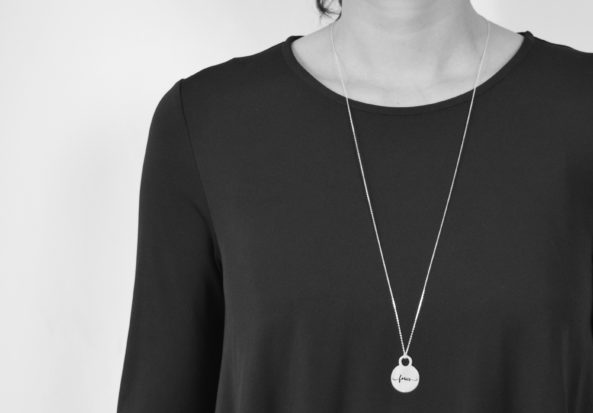 Necklace focus