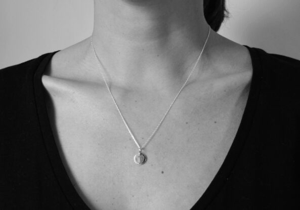 Necklace small Medaillon