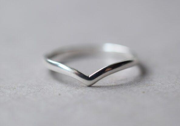Ring V