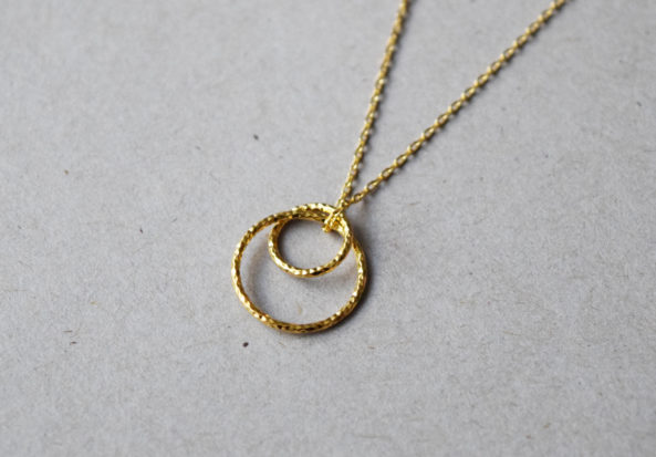Necklace hammered Doublering