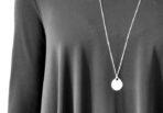 Necklace-amor-vincit-omnia-5